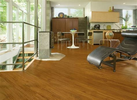 luxury vinyl plank flooring    wood