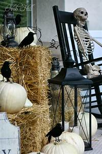Spooky Halloween Skeleton Decors That Will Scare Your ...