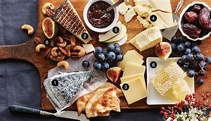How to Build A Canadian Cheese Plate