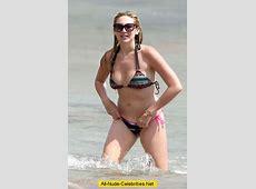 Stephanie Pratt sexy in bikinie on the beach candids