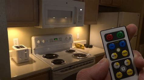 brilliant evolution wireless led puck light