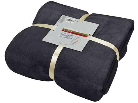canapé cuir prune plaid 140x200 cm lilou coloris noir vente de plaid et
