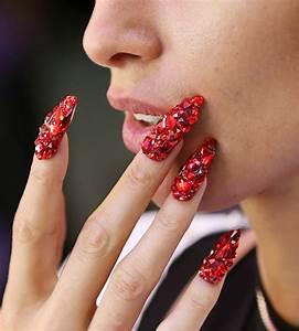 2020 Nail Art Trend: Allover Bling | Nail Art Trends ...