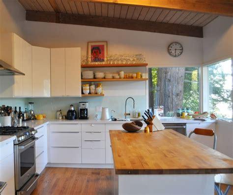 butcher block countertop  modern kitchen interior