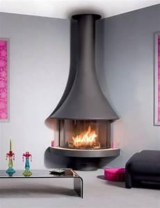 Corner, Freestanding, Fireplace
