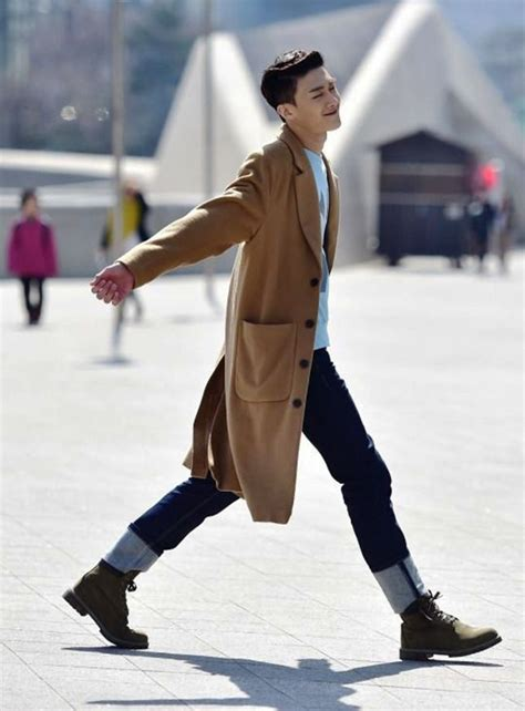 25 Superb Korean Style Outfit Ideas For Men To Try - Instaloverz