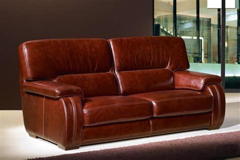 pisse canapé tapissier r 233 novation fauteuil 28 images tissus