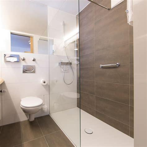 Badezimmer Fliesen Kleines Bad by Modernes Kleines Bad