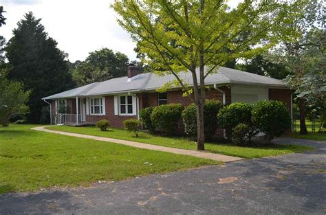 Homes For Sale In Greenwood Sc by Homes For Sale Greenwood Sc Greenwood Real Estate