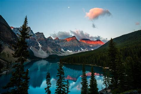 Night Valley of Ten Peaks