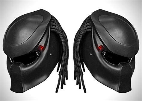 27 Awesomely Creative Motorcycle Helmet Designs -designbump