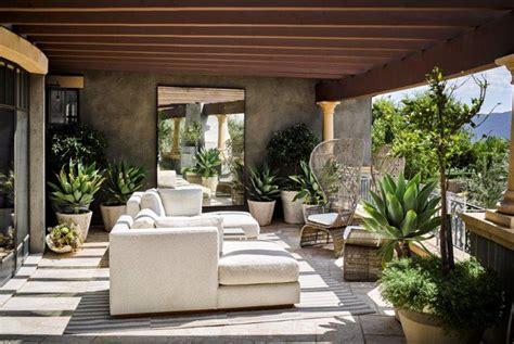 explore kourtney kardashians fabulous calabasas garden