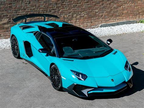 lamborghini aventador lp   sv roadster blu