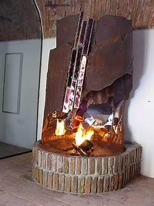 Offener Kamin Modern : feuer skulpturen direkt vom metall k nstler kaufen gahr ~ Buech-reservation.com Haus und Dekorationen