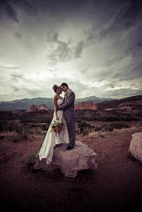quick tips for selecting your wedding photographers With las vegas quick wedding