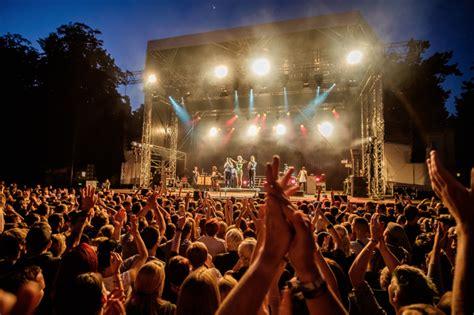 Freilichtbühne Großer Garten Junge Garde Dresden Tickets