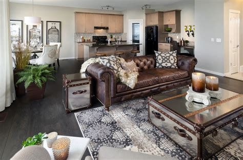 how to decorate with brown leather furniture klein on