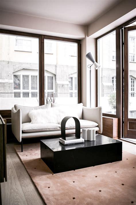 step   stylish urban apartment  note design