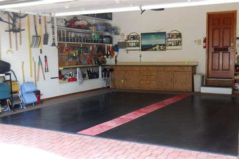 Garage Flooring Rolls by Nitro Rolls Roll Out Vinyl Garage Floor Covering