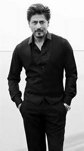 Pin by 🎀Aayesha🎀Vadnagarwala on #⭐SRK⭐ | Shahrukh khan ...