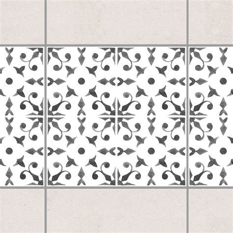 Fliesen Bordüre Weiß by Fliesen Bord 252 Re Grau Wei 223 Muster Serie No 6 20cm X