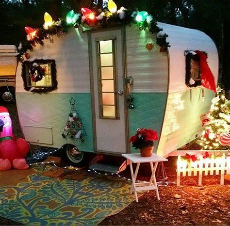 christmas camper vintage caravan holiday trailer