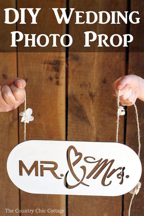 DIY Wedding Photo Prop AllFreeDIYWeddings com
