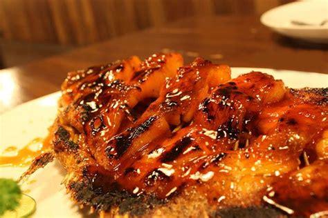 Yuk, simak resep membuat ikan bawal bakar madu yang praktis berikut ini! Gurame Bakar Madu | Resep makanan, Resep, dan Makanan