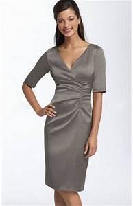 Kleider Brautmutter Standesamt : faltenkleid satin knielange sch ne v ausschnitt kleid f r die brautmutter 2015 ~ Eleganceandgraceweddings.com Haus und Dekorationen