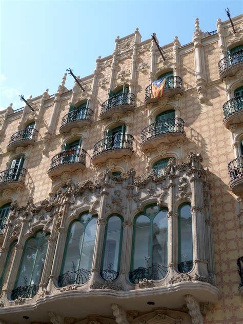 Architecture Barcelone  Poleen, Tout Simplement