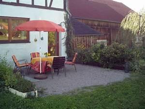 Freisitz Im Garten : ferienwohnung henkel rh n frau silvia henkel ~ Lizthompson.info Haus und Dekorationen