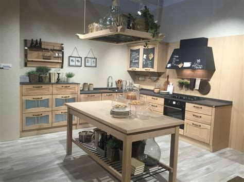 Kitchen Cabinet Ideas That Spice Up Everyday Home Decors