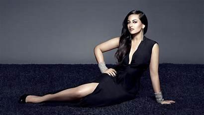 Sonakshi Sinha Wallpapers Looking Desktop Actress