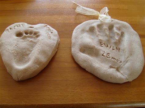 peindre la pate a sel activit 233 manuelle aniversaire papa 10 mois bricolage activit 233 s manuelles assistante maternelle