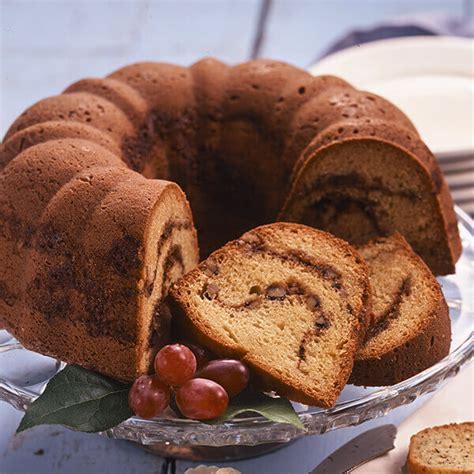 cinnamon nut sour cream coffee cake recipe land olakes