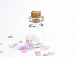 Petite Fiole En Verre : 1 fiole en verre 2 8 cm cr ation de bijoux diy ~ Teatrodelosmanantiales.com Idées de Décoration