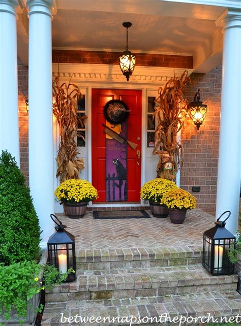 lanterns on front porch front porch decorated for halloween