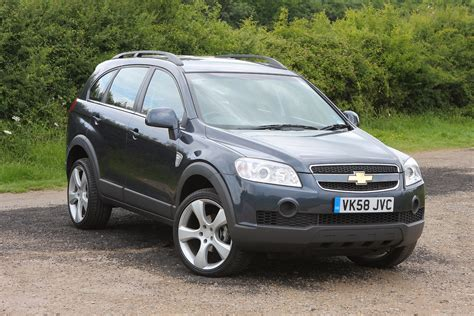 Review Chevrolet Captiva by Chevrolet Captiva Estate Review 2007 2015 Parkers