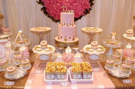 le  anniversaire de deva sur le theme minnie en rose