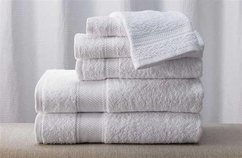 Buy Luxury Hotel Bedding from Marriott Hotels   Towel Set
