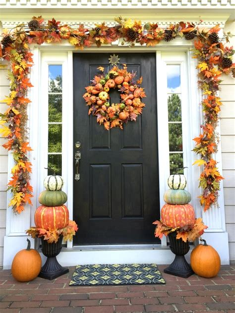 Ideas For Fall Front Porch by 70 And Cozy Fall And Porch D 233 Cor Ideas