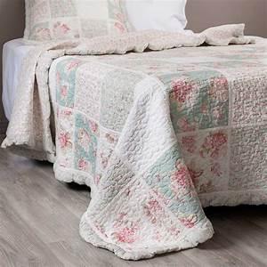 boutis a fleurs en coton vert et rose 180 x 240 cm camelia With chambre bébé design avec livraison fleurs exotiques Ï domicile