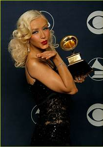 Full Sized Photo of christina aguilera grammys 09 | Photo ...