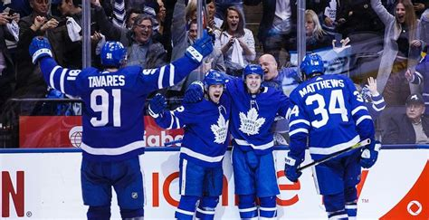 projecting  toronto maple leafs   opening night