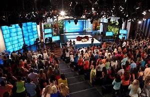 The Ellen DeGeneres Show Set Design Gallery