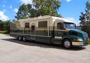 Camping Car Poids Lourd Americain : motorhome americain occasion prix d une location de ~ Medecine-chirurgie-esthetiques.com Avis de Voitures