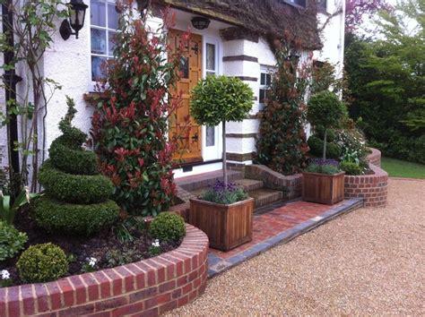 Decoration Adorable Front Gardens Designs