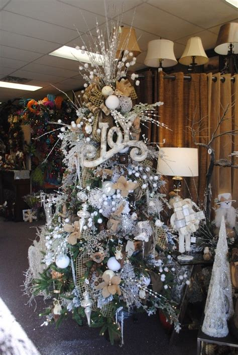 rustic christmas tree pictures   images