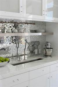 le miroir decoratif en 50 photos magnifiques With carrelage adhesif salle de bain avec etoile led ikea