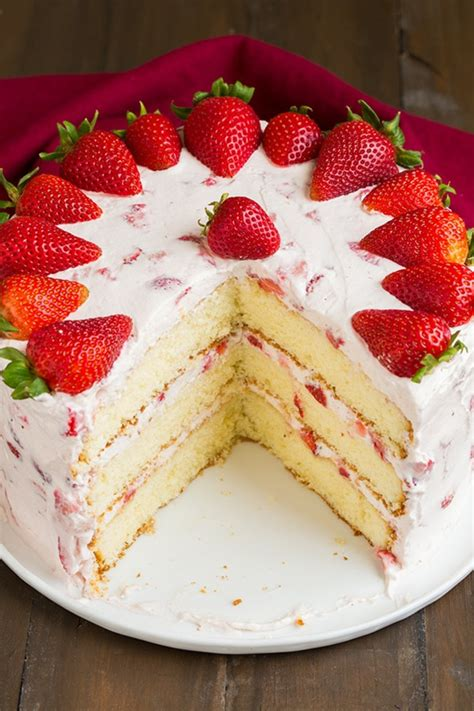 cakes decorated with strawberries decorate cake with strawberries 88 exles cakes that
